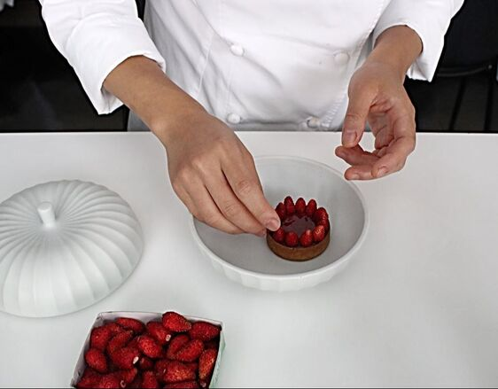 Jungsik NY - Strawberry pie in progress by Pastry Chef Eunji Lee - Photo by Cuisine Inspired